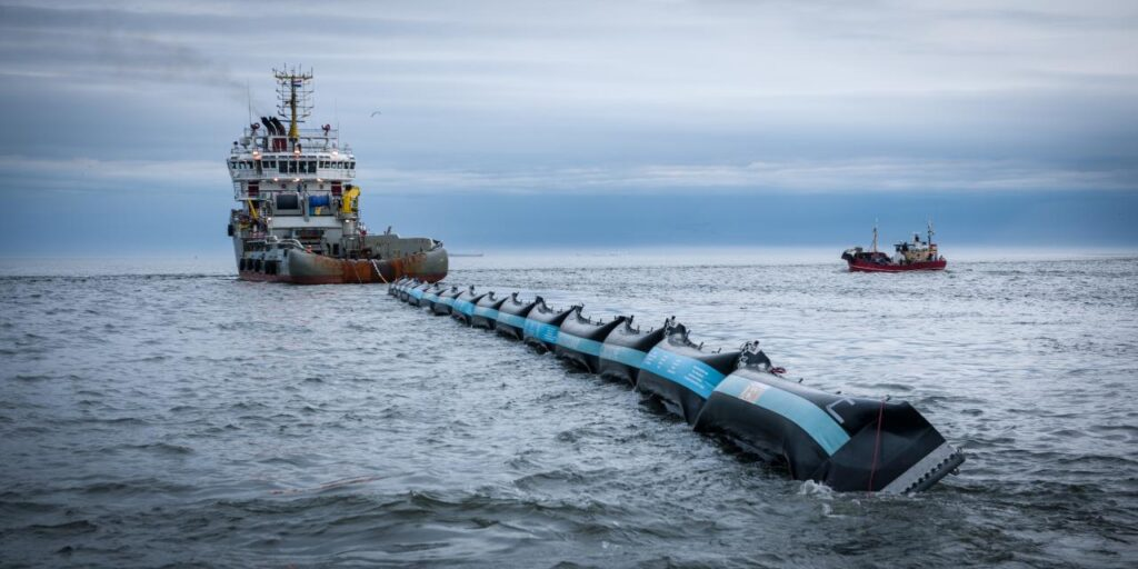 The Ocean Cleanup - North Sea Prototype
