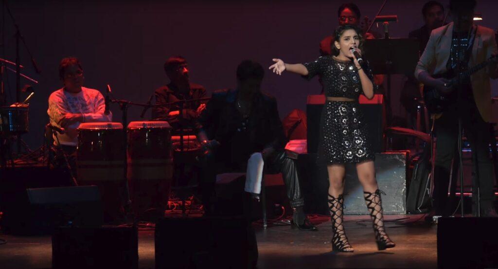 Songwriter & Pop Singer Shannon K in concert